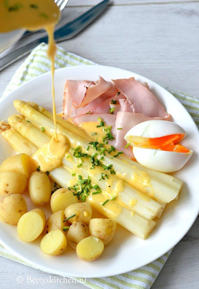 hollandaise saus voor bij de asperges