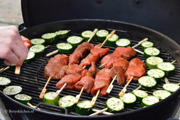 rosbief op de bbq grill barbecue recepten