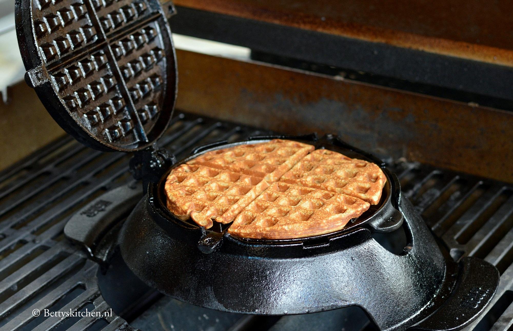 Wafels bereiden op de BBQ
