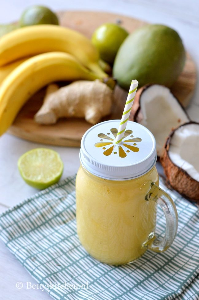 recept thaise smoothie met mango, banaan en kokos © bettyskitchen.nl