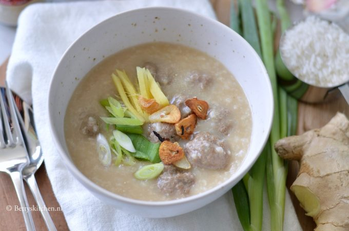 Thaise hartige rijstepap (Jok / Congee)