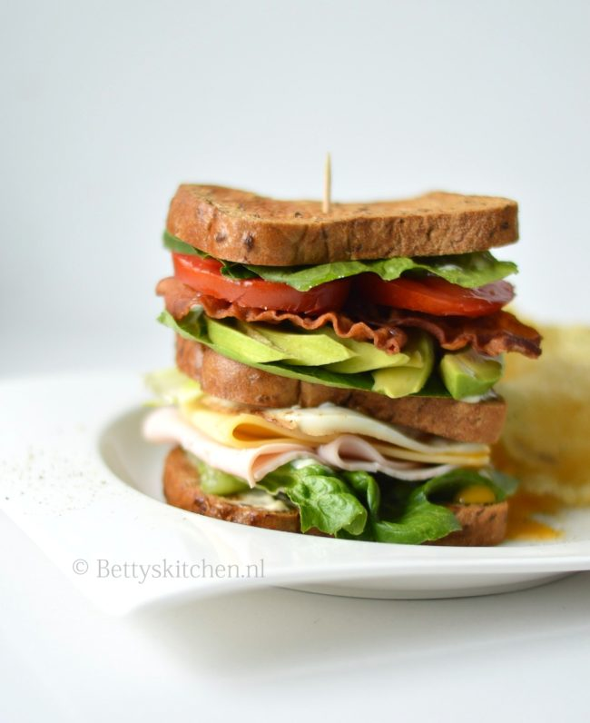 recept glutenvrije club sandwich met schar brood
