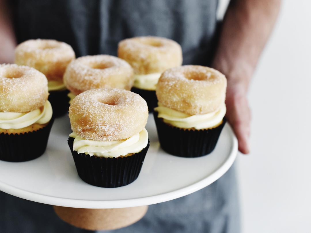 Donut Cupcakes met vanille crème