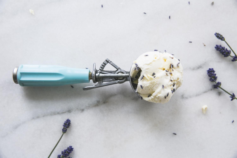 Lavendel sorbet ijs