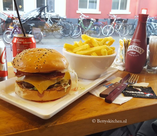 10x burgers eten in utrecht restaurant betty's kitchen