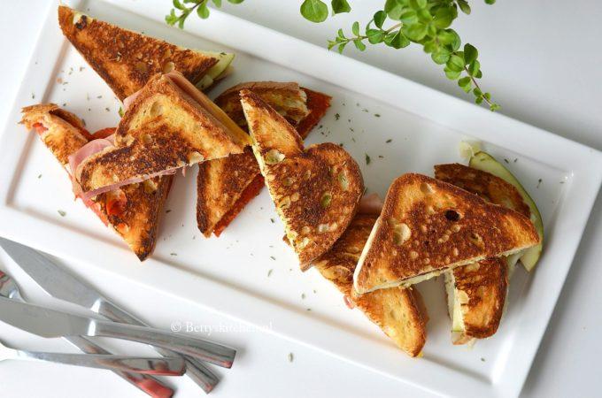 4x Tosti uit de pan (met een Europees tintje)