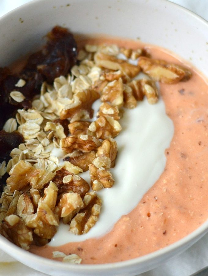 carrotcake smoothie bowl