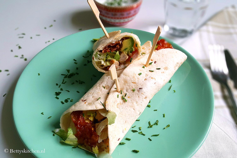 BLT Wraps met frisse yoghurt saus | Betty\'s Kitchen