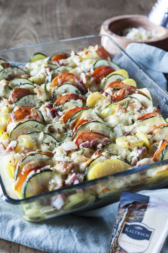 Aardappelschotel met kaas uit de oven + Emmi Kaltbach Blogevent