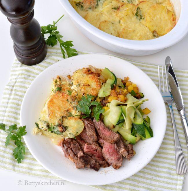 Rib-eye met courgettelinten en aardappelschotel (#OSVTT)