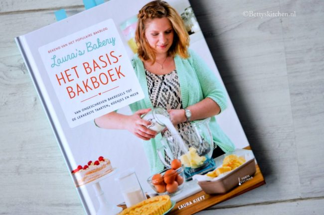 Laura's Bakery Basisbakboek (Laura Kieft)
