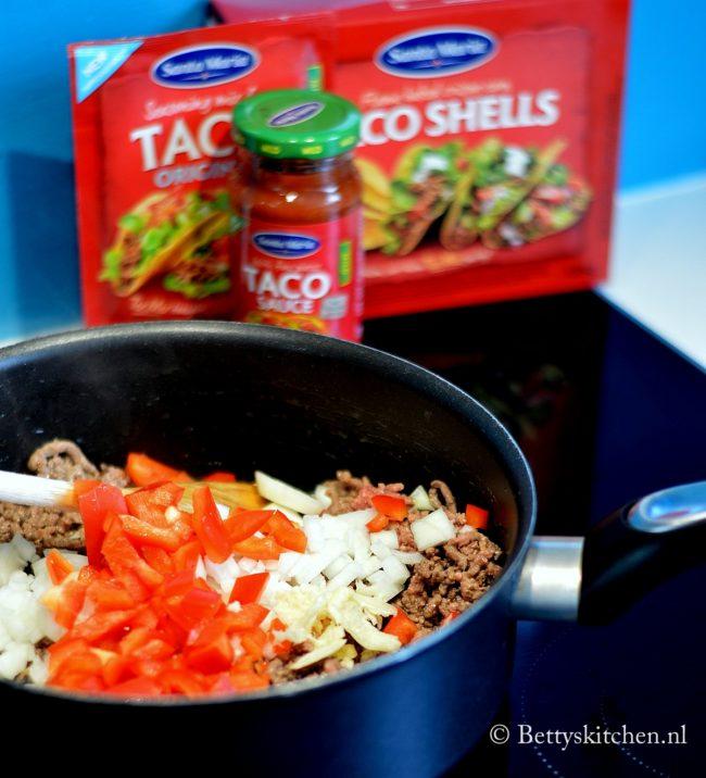 Taco's met gehakt en mais