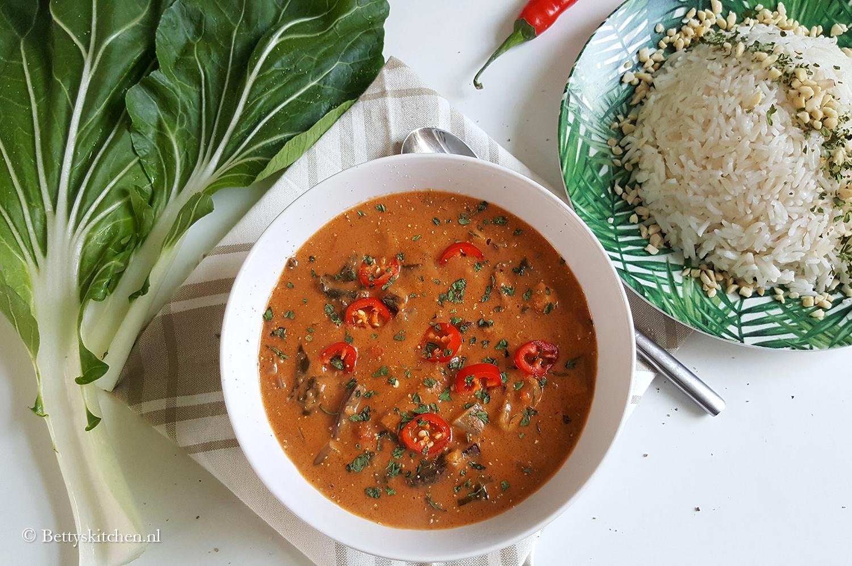 Pindasoep met rijst