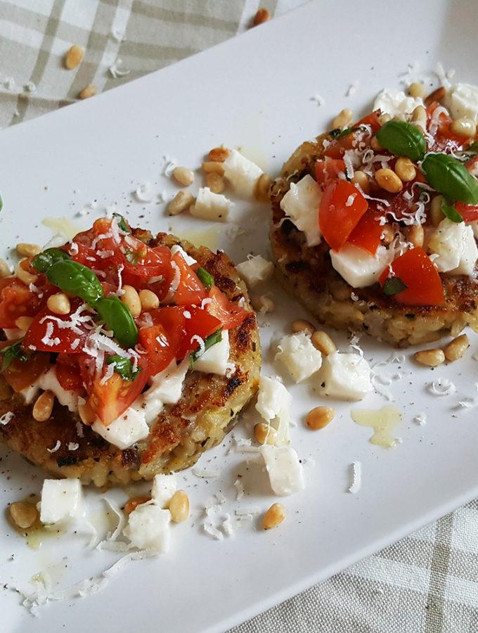 Risottotaartjes met tomatensalade