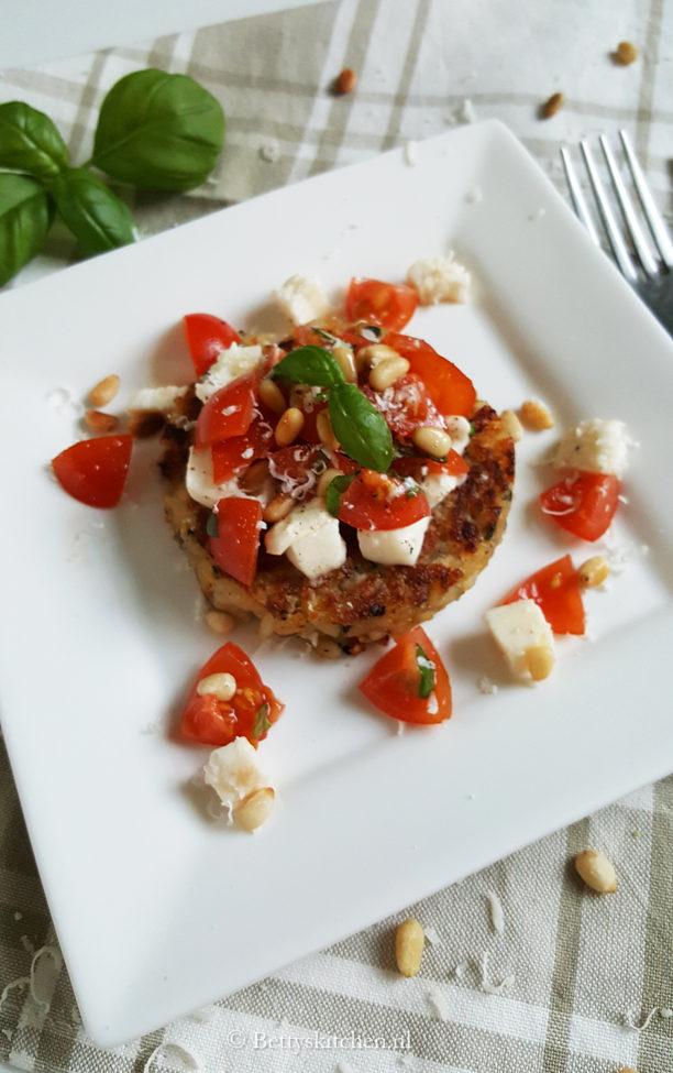 Risotto taartjes met tomatensalade