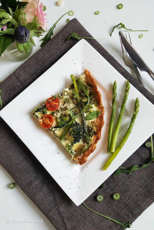 Hartige taart met groene groenten