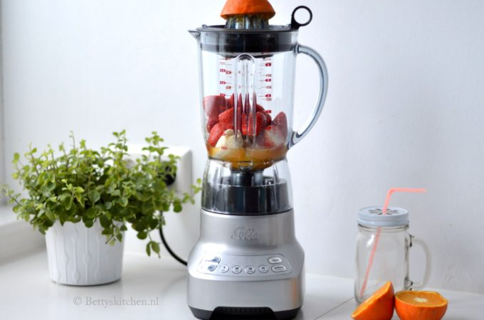 Solis Pro 8322 Twist & Mix Blender + WINACTIE