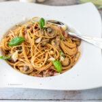 spaghetti carbonara met spek en ei pasta recept