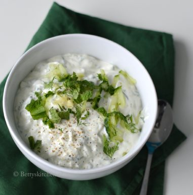 zelf tzatziki maken griekse yoghurt dip met knolook betty's Kitchen recept