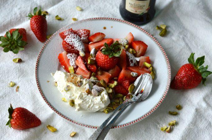Aardbeien met balsamico en mascarpone