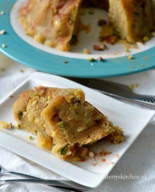 halva recept griekse griesmeel cake met honing en suiker bettys kitchen