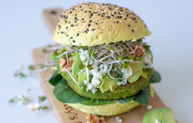 recept vegetarische spliterwten burges met blauwe kaas