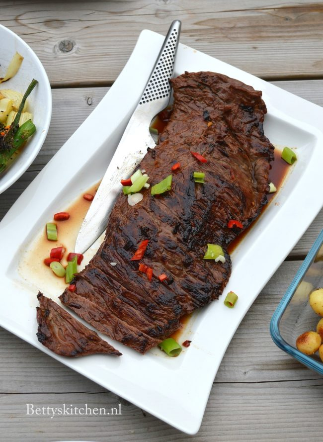 recept runder bavette op de barbecue in oosterse marinade bettys kitchen bbq recepten