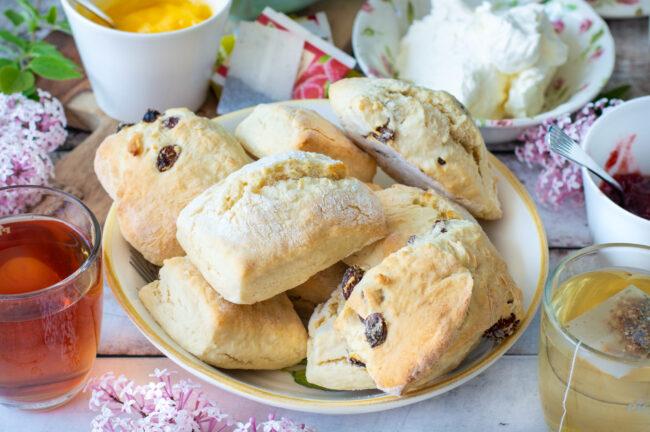 recept lemonade scones met slechts 4 ingredienten Bettys Kitchen