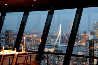 Eten op de Euromast in Rotterdam