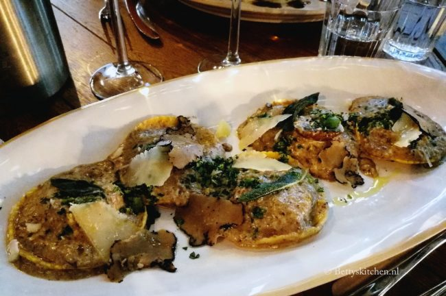 review jamie's italian den haag restaurant Betty's kitchen