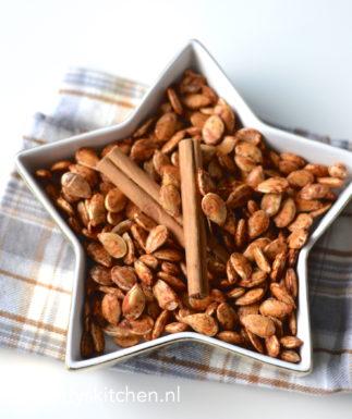 recept zelf geroosterde pompoenpitten maken snack