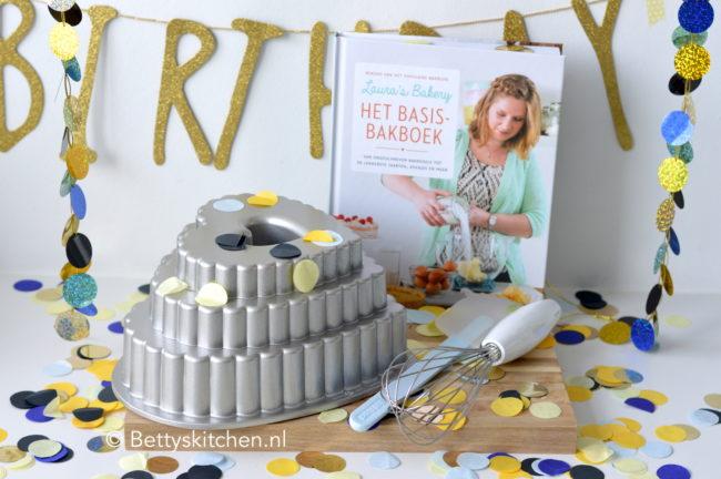 BK 5 jaar winactie: bakset met vorm, rosti mepal en laura's bakery