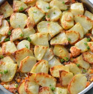 recept ovenschotel met aardappels en gehakt musaka joegoslavische keuken balkan Betty's kitchen