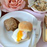 valentijns brunch met een gepocheerd eitje © bettyskitchen