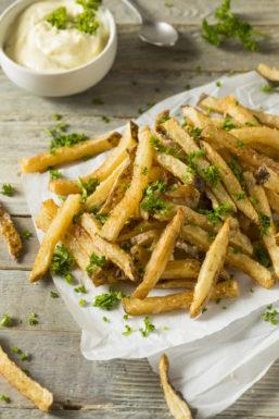 Parmesan Fries recept aardappelen uit de oven met Parmezaanse kaas Bettys kitchen