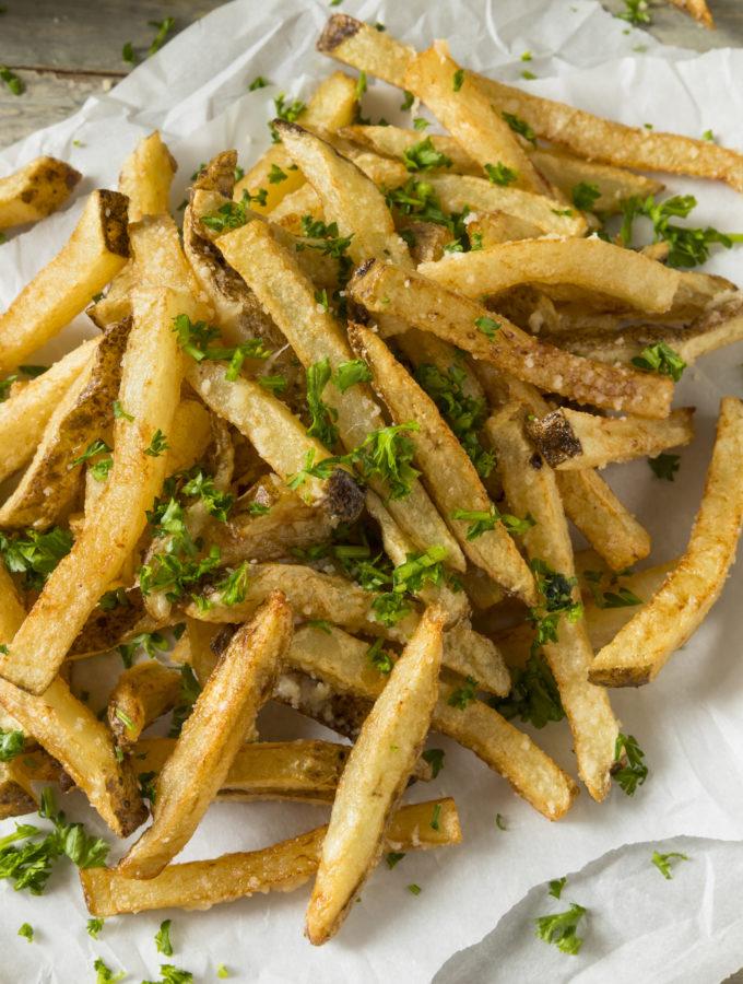 Parmesan Fries recept aardappelen uit de oven met Parmezaanse kaas Betty's kitchen