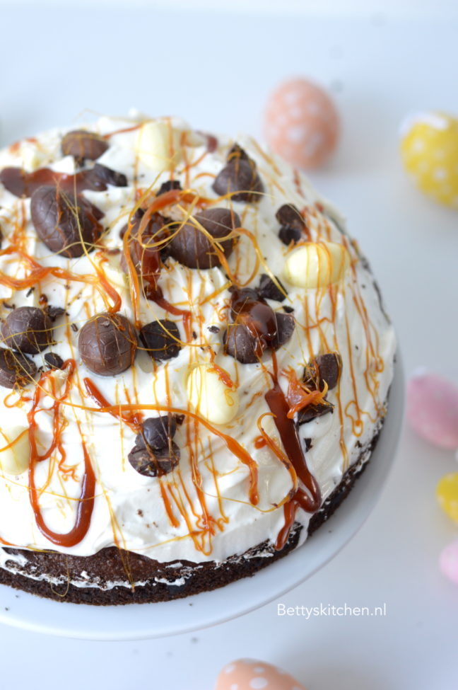 10x Taart voor Pasen recepten - paascake met banaan en chocolade recept bettys kitchen