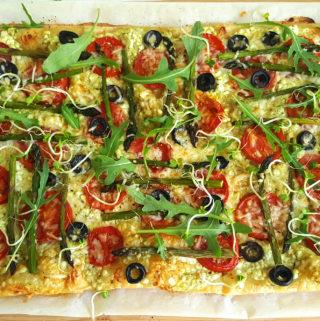 recept Plaattaart met asperges, tomaat en ricotta bettyskitchen