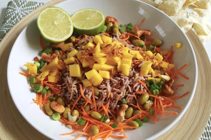 Zomerse rijstsalade met mango