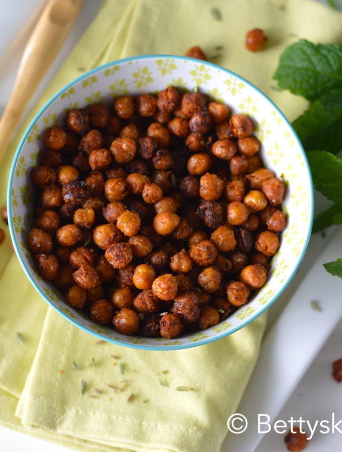 geroosterde kikkererwten uit de oven snack bettys kitchen recept