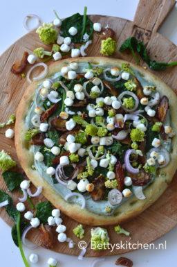 recept pizza met spinazie en geitenkaas