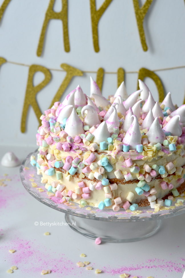 recept unicorn taart met meringues betty's Kitchen