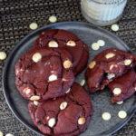 Red Velvet Cookies kook video recept © Bettyskitchen