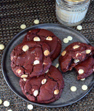 Red Velvet Cookies kook video recept © Bettyskitchen