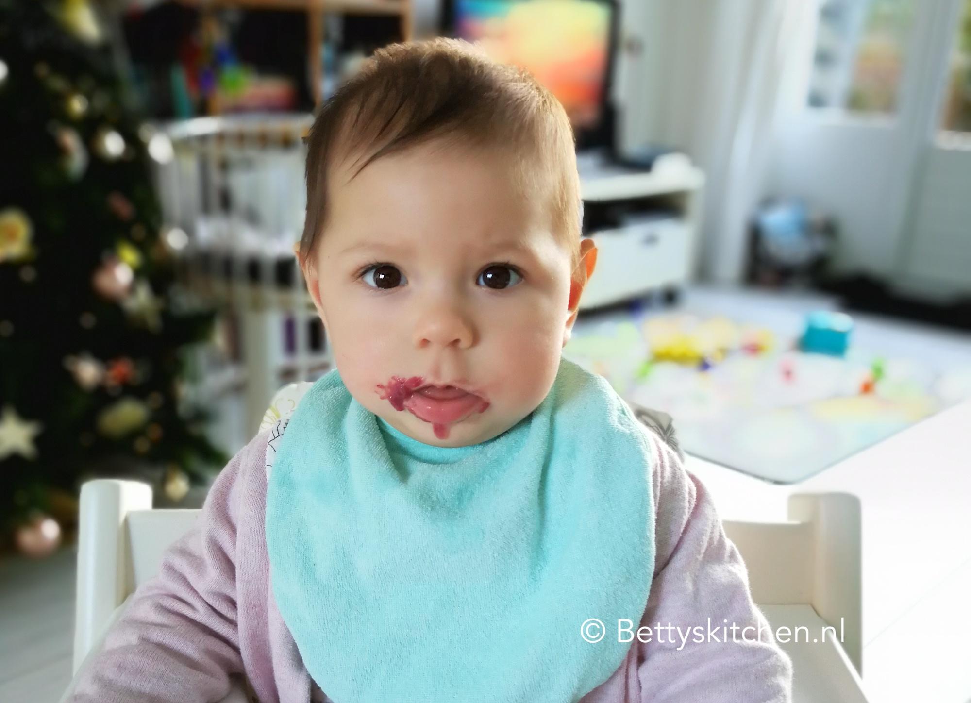 Laura\'s Voedingsschema - 6 maanden oude baby | Betty\'s Kitchen