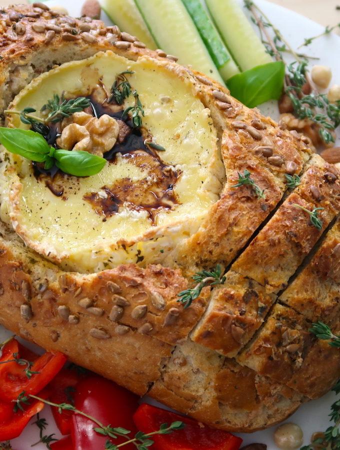 recept Camembert in brood plank (video)