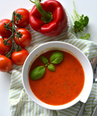 italiaanse paprikasoep met tomaten recept © Betty's Kitchen