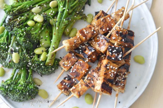 20x barbecue recepten - BBQ recept en grill gerechten - recept teriyaki tofu spiesjes bbq kookvideo © bettyskitchen.nl