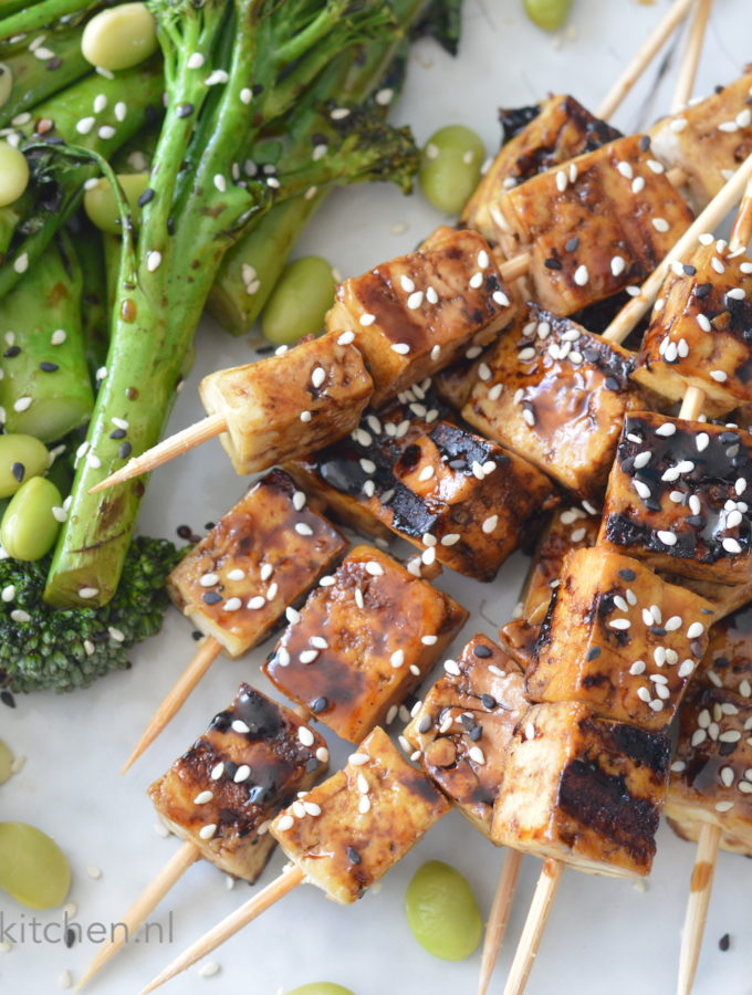 recept teriyaki tofu spiesjes bbq kookvideo © bettyskitchen.nl