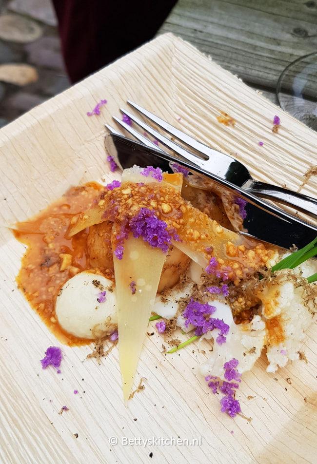 Coquille met bloemkool, wintertruffel en Brandrood kaas - Basiliek